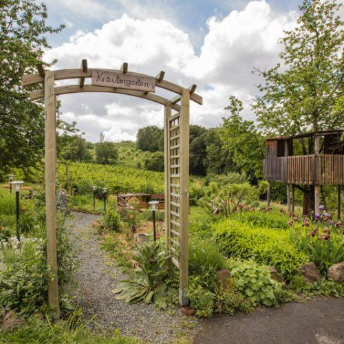 unser Kräuter- und Naturgarten